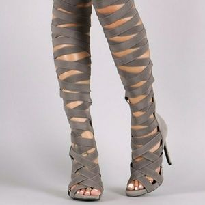 Taupe/tan So Me elastic band gladiator heels